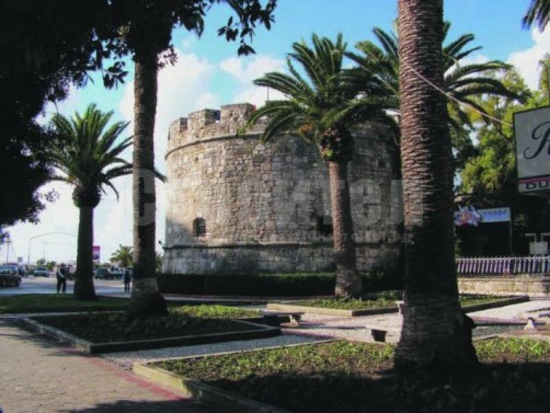Туристическа обиколка на град Дуръс