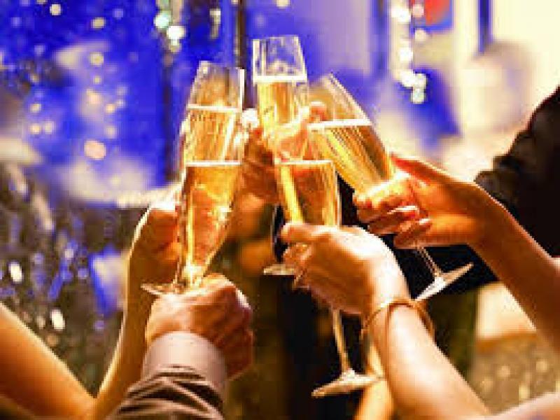 Новогодишна Гала вечеря в ресторант хотел 4*