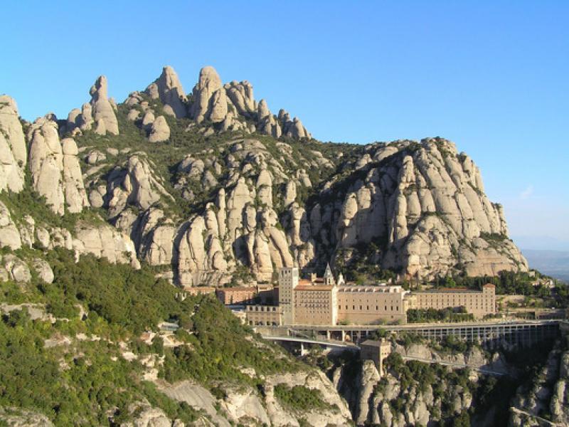 Еднодневна екскурзия до най-святото място в Каталуния - манастира Монтсеррат