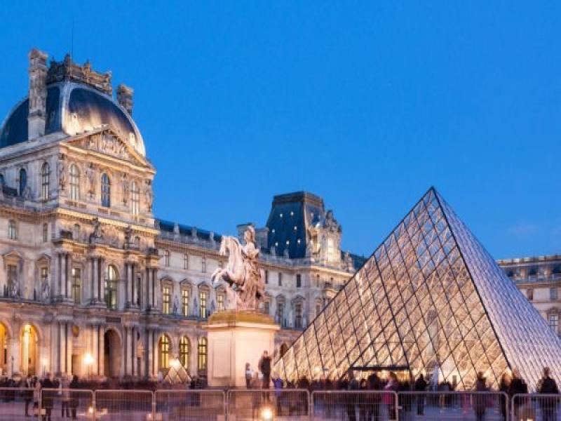 Посещение на Лувъра с местен екскурзовод  2019г