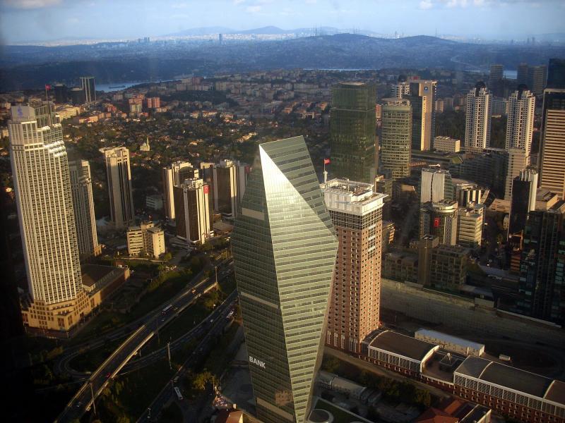 Очарованието на Истанбулския Манхатън