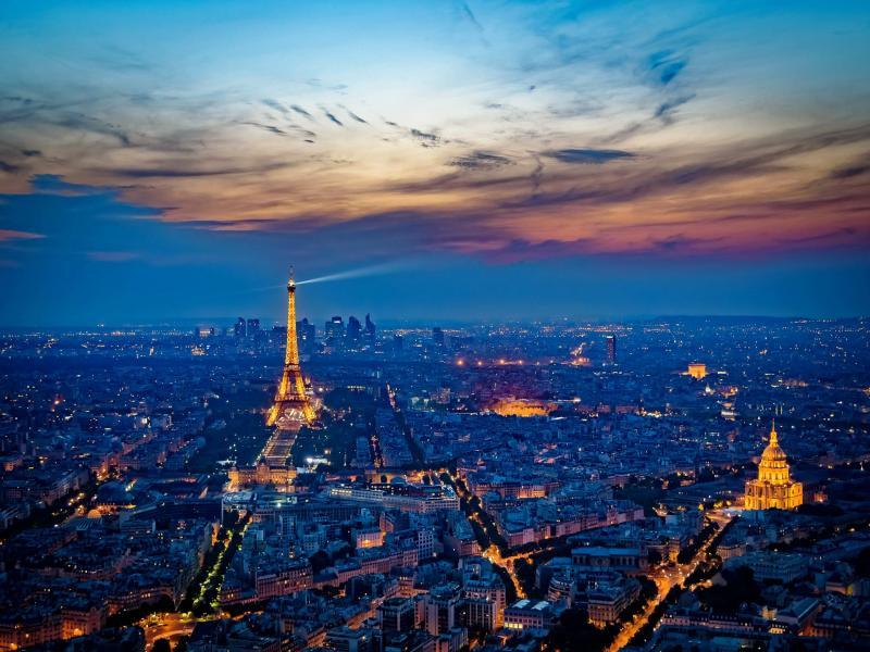 Нощен тур на Париж