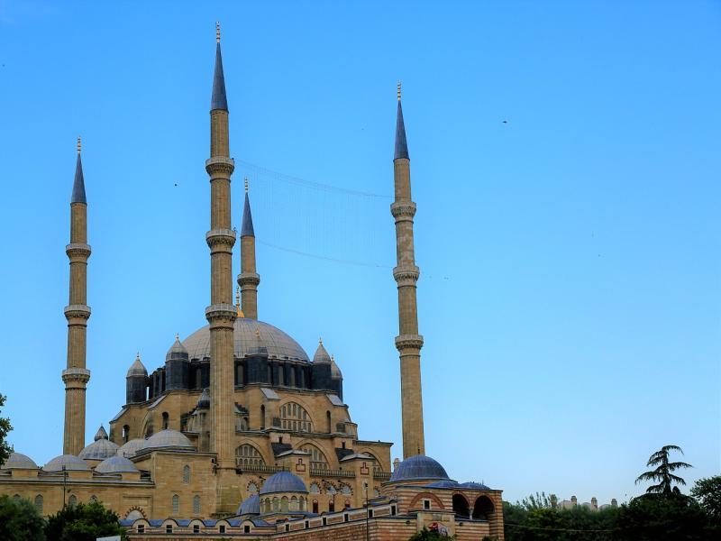 Раглеждане на град Одрин и възможност за посещение на джамията Селимие