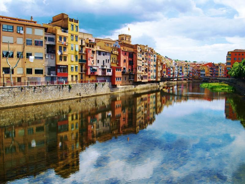 Пешеходна туристическа програма в Жирона и Фигуерес