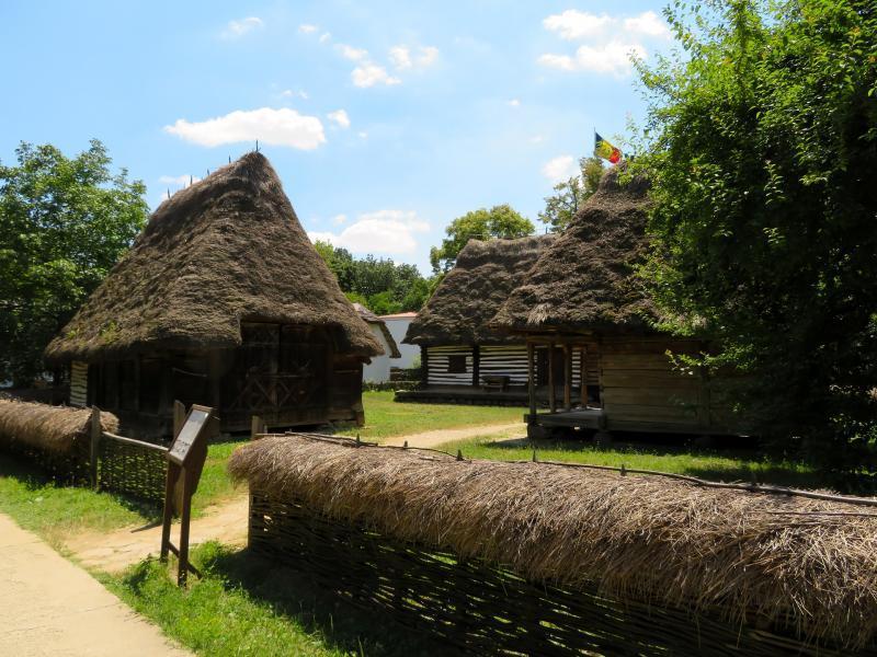 Обиколка на Букурещ с посещение на Музея на селото