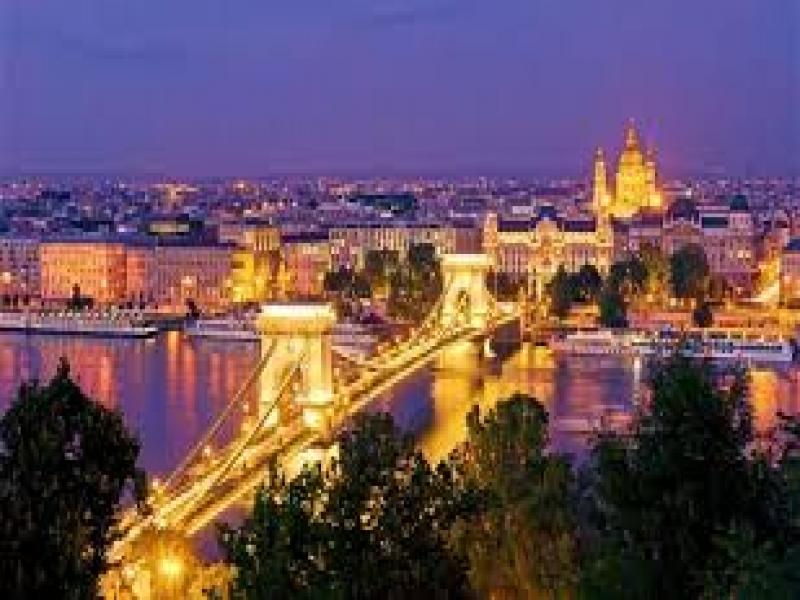 Вечерна панорамна обиколка на Будапеща с автобус