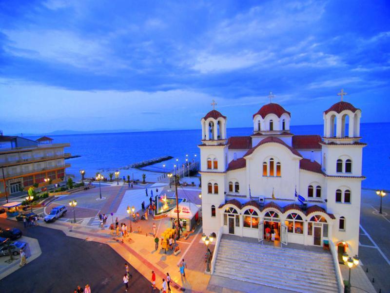 Нова Година 2019 в Гърция в хотел Yakinthos с дневен преход от София