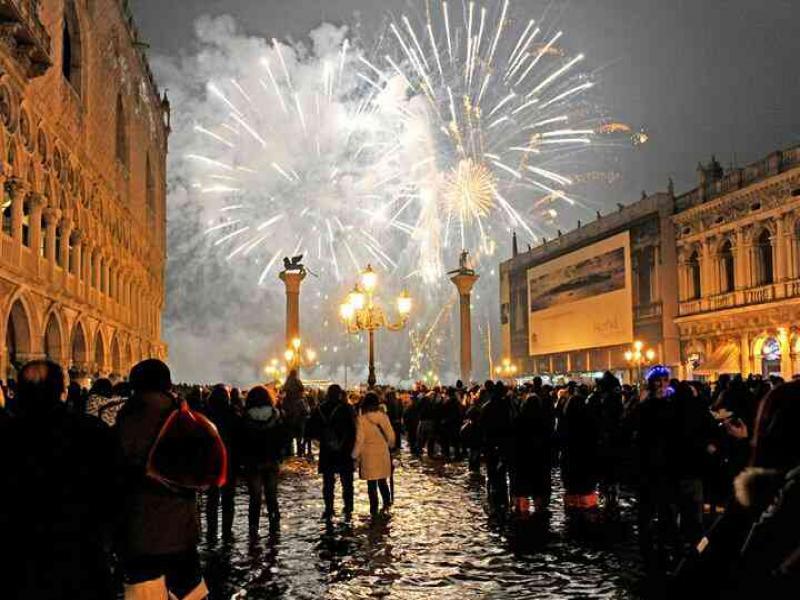 Нова Година  във Венеция