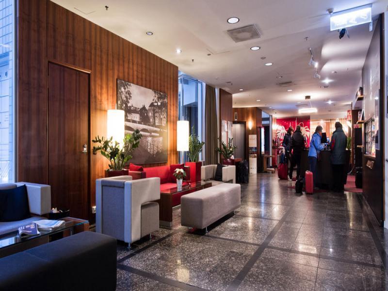 хотел 3* в района на Милано