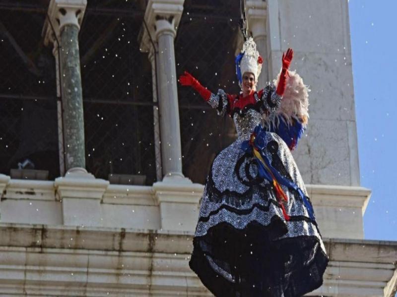 Карнавал във Венеция 2020 - нощен преход