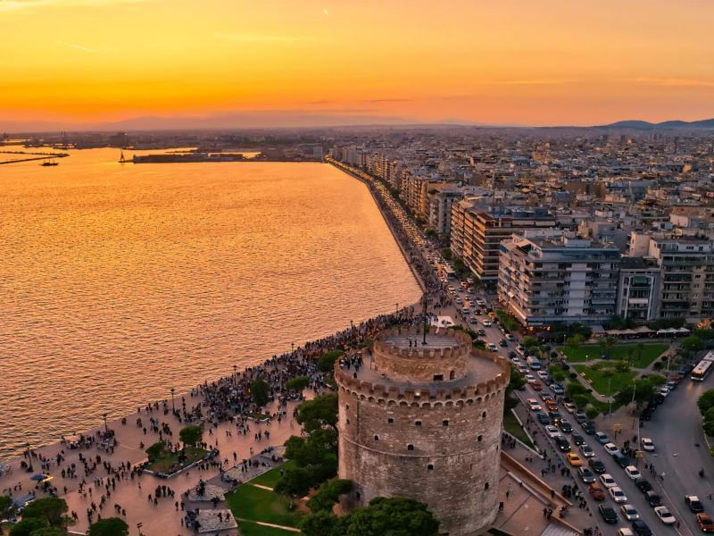 Екскурзия до колоритния Солун - Гърция 3 дни 2 нощувки 2 закуски автобусна програма