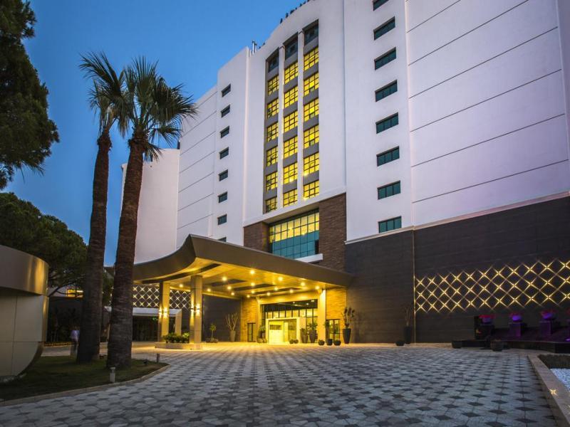 Лято 2019 в Кушадасъ - Хотел Amara Sea light 5*