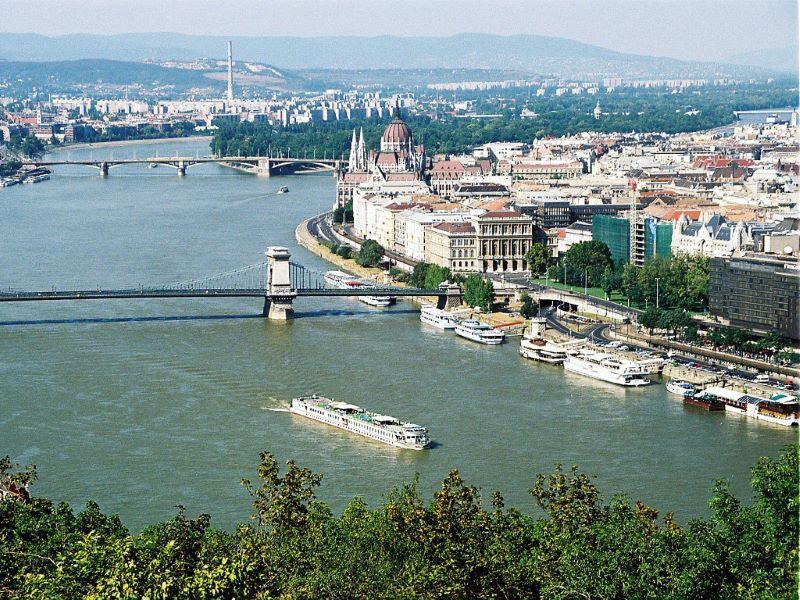 Разходка с корабче по р. Дунав