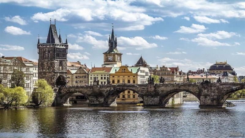 Бонус кратка туристическа обиколка на Братислава