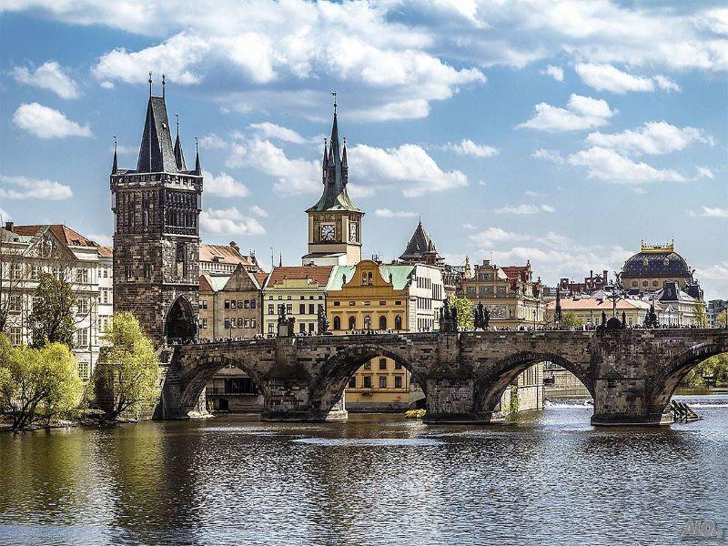 Тур Прага