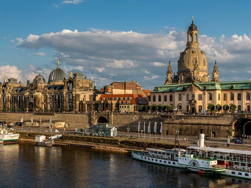 Тур Дрезден