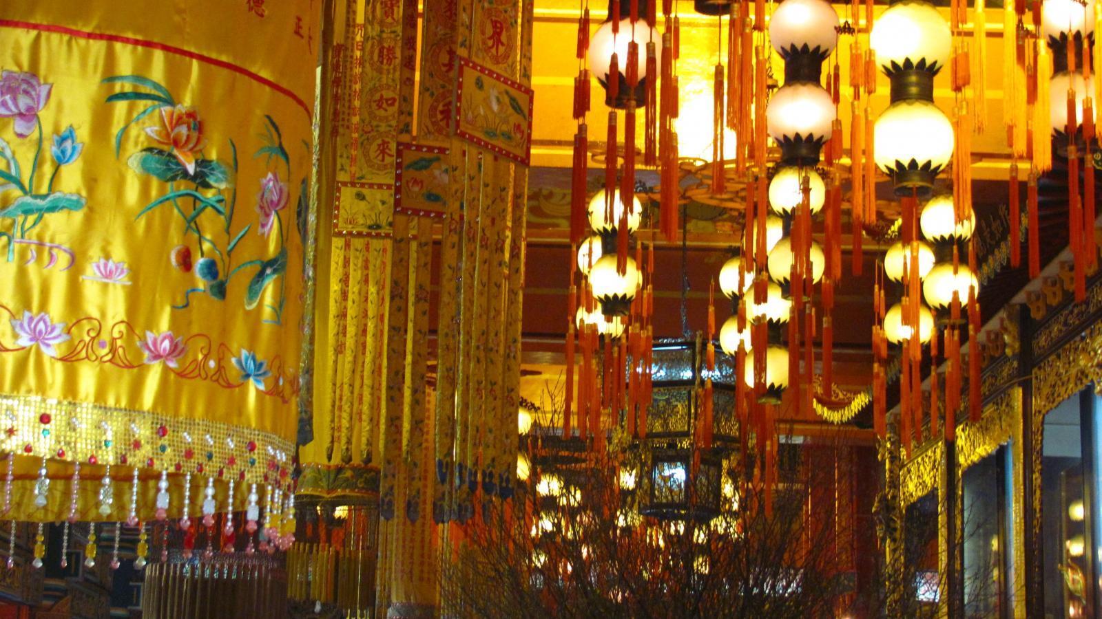 Приказно пътуване до Виетнам и Камбоджа