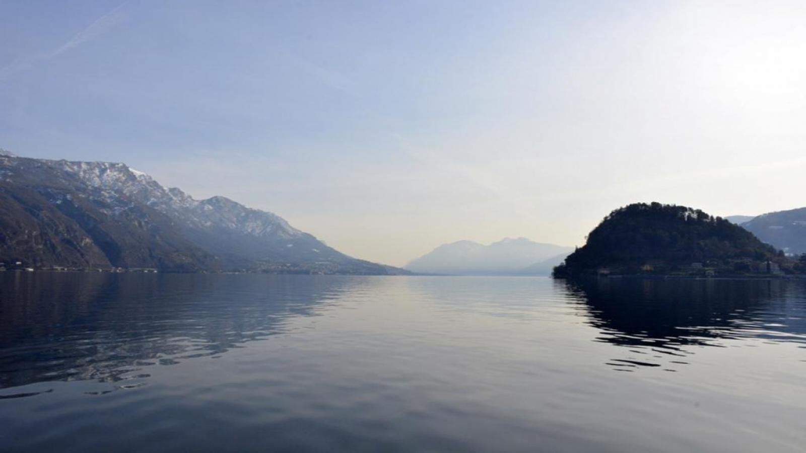 От Варна!Милано, езерата на Италия и Торино