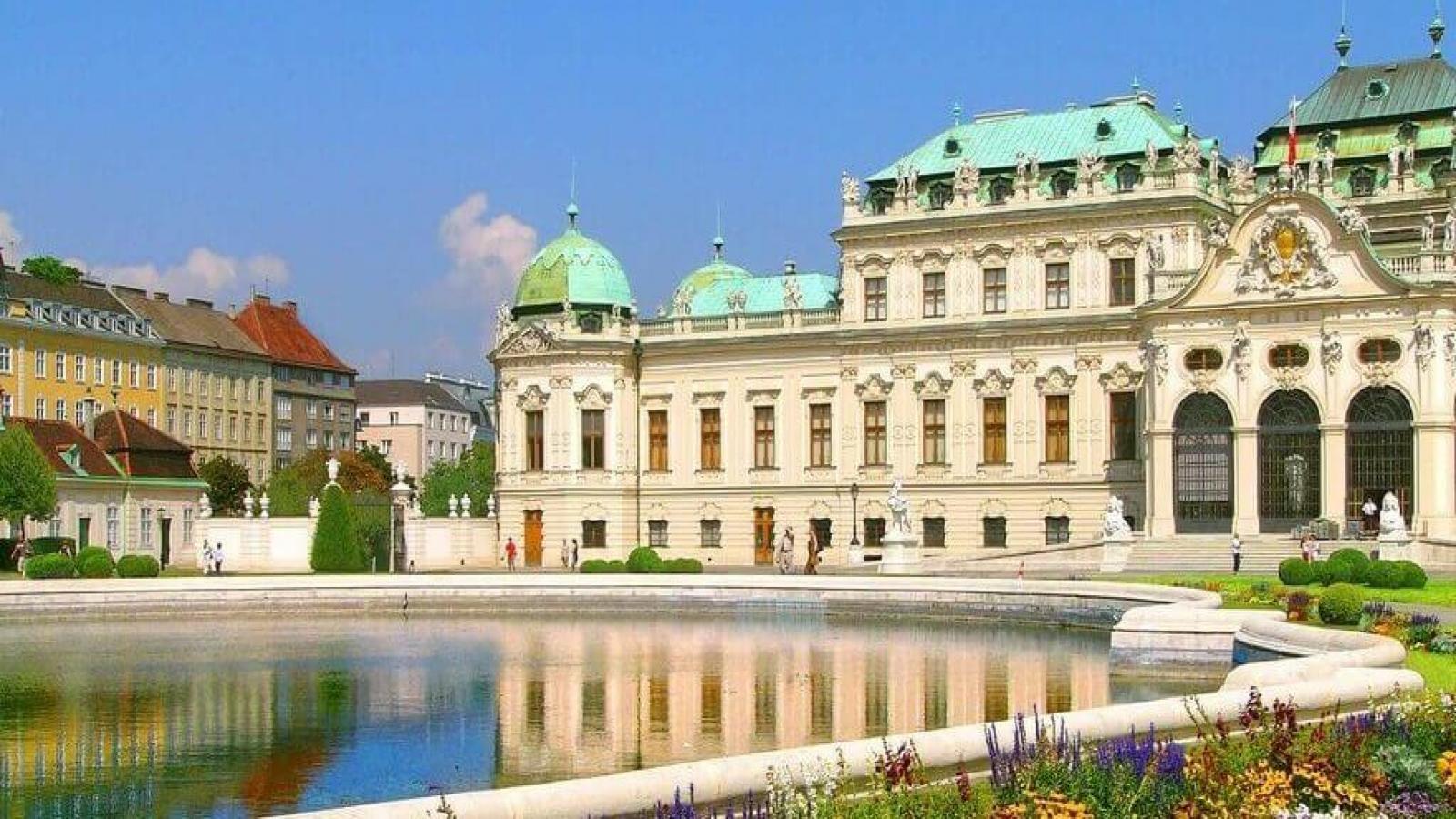Красивата и аристократична Виена