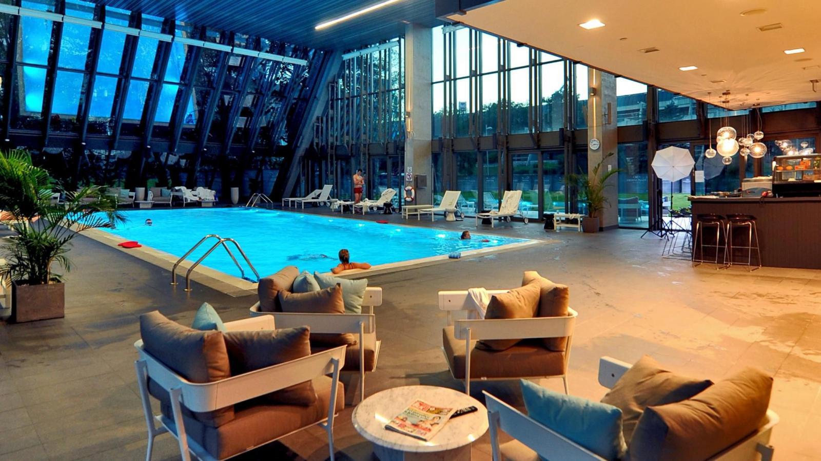 Хотел CROWNE PLAZA 4*, Белград! 3 нощувки с автобус