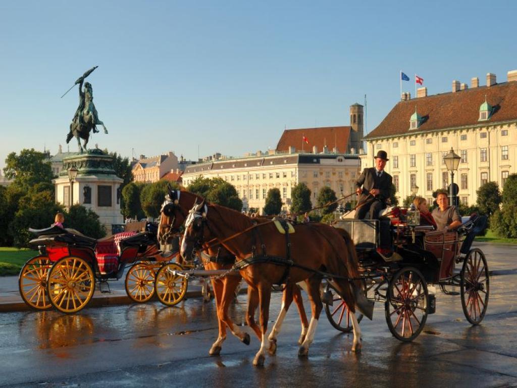 Комбинирана екскурзия до Прага, Дрезден и Виена