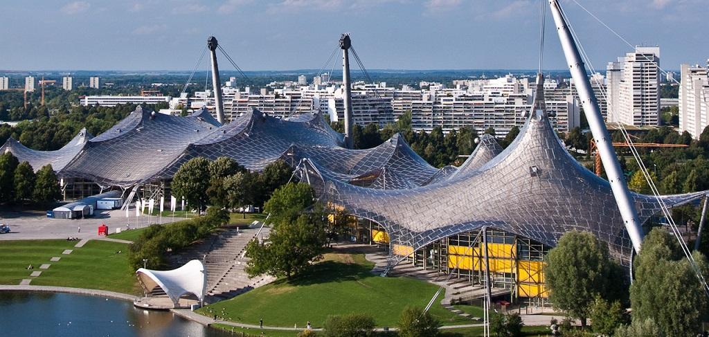 Автосалон Женева, тест-драйв и музеите на големите марки