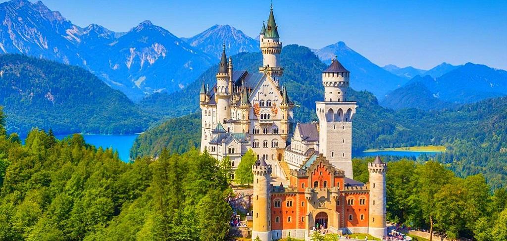 Резултат с изображение за баварски замъци