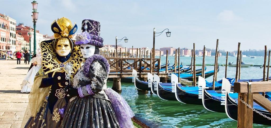 Нова дата! Карнавалът във Венеция