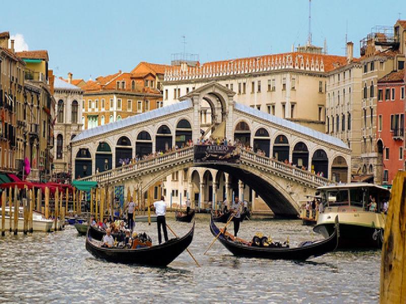 Туристическа програма във Венеция, Бурано, Мурано