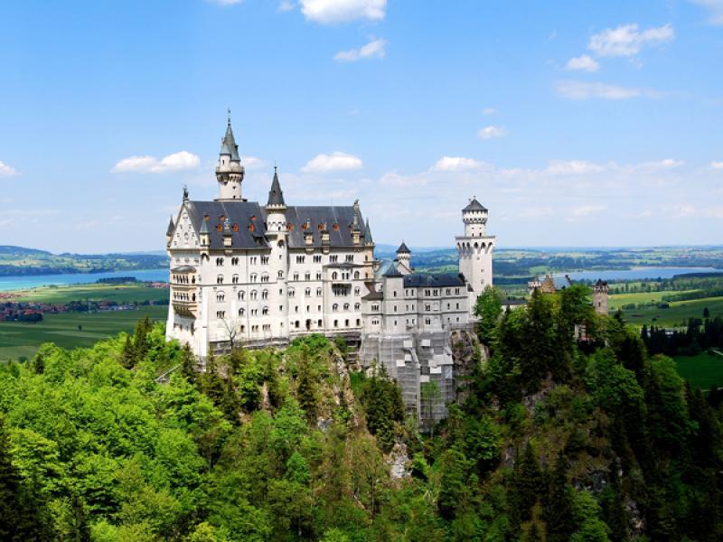 """Екскурзия с посещение на двореца """"Линдерхоф"""" и """"Нойшванщайн"""""""
