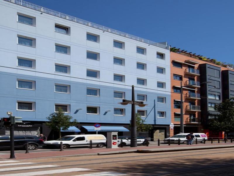 Hotel Olympia Universidades