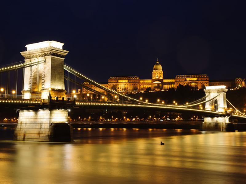 Златна Прага и великолепните замъци на Бохемия