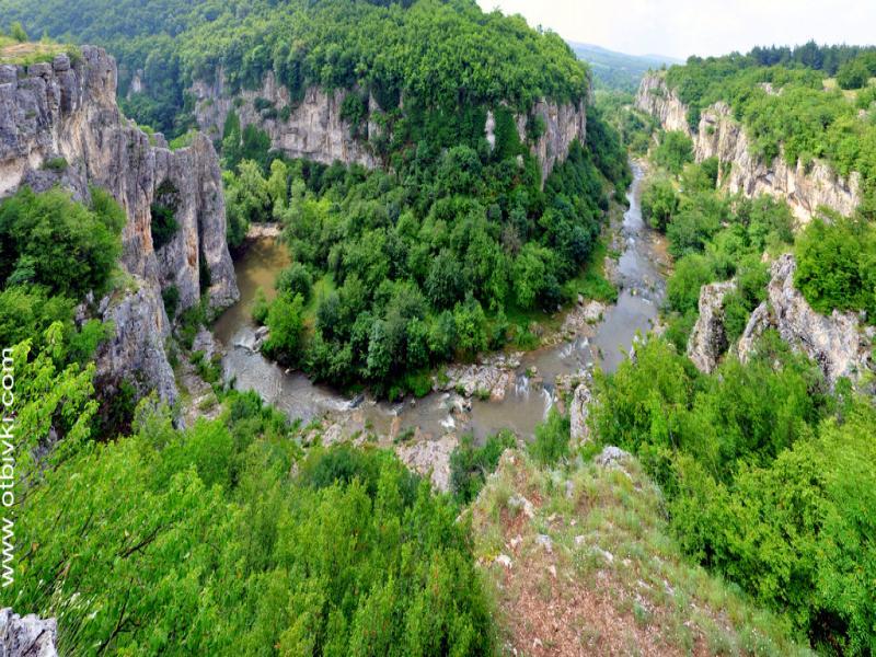 ЕМЕНСКИ каньон и ХОТНИШКИ ВОДОПАД