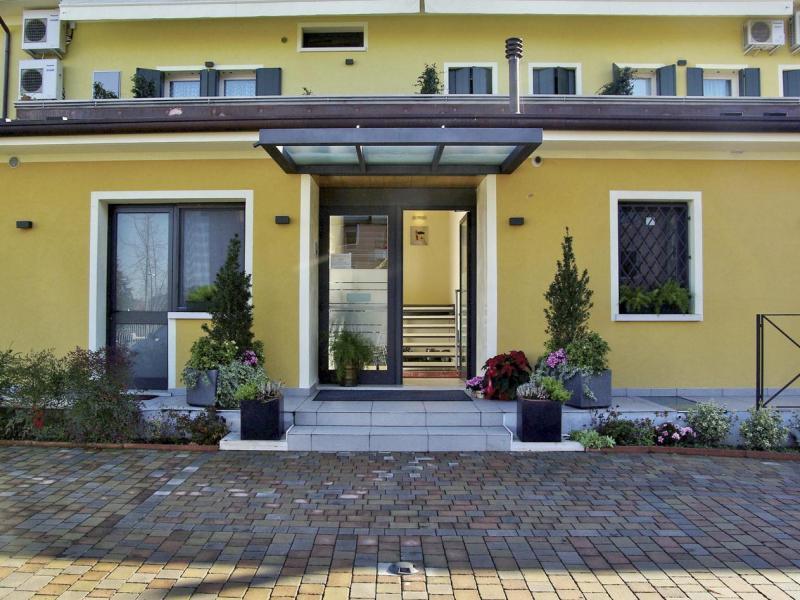 Хотел Rovere - или подобен