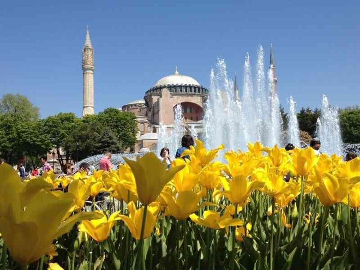 Екскурзия до Истанбул - Фестивалът на лалето
