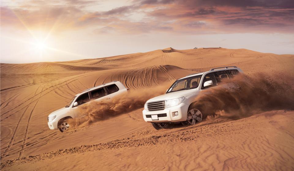 Сафари с джипове в пустинята с вечеря