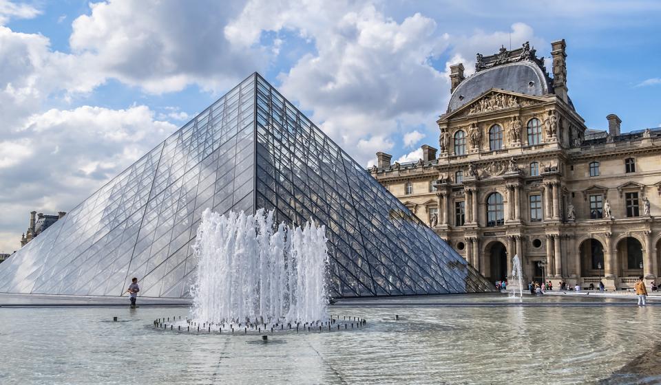 Посещение на Лувъра