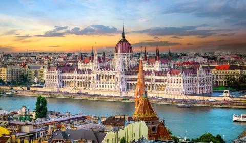 Светлините на Будапеща