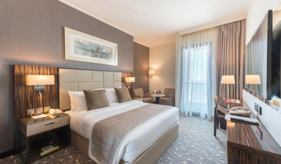 Ayla Hotel Al Ain 4*