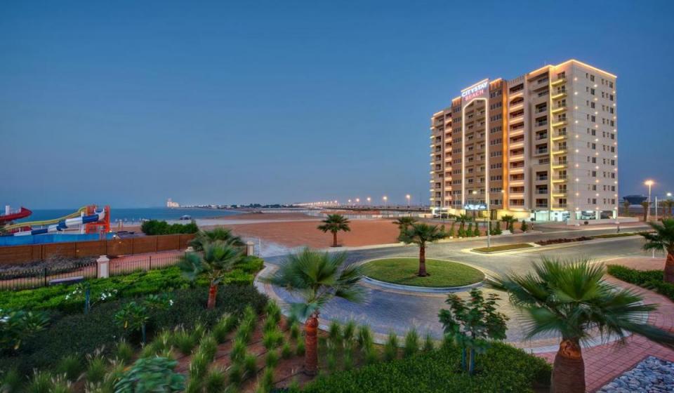 City Stay Beach Hotel 4*
