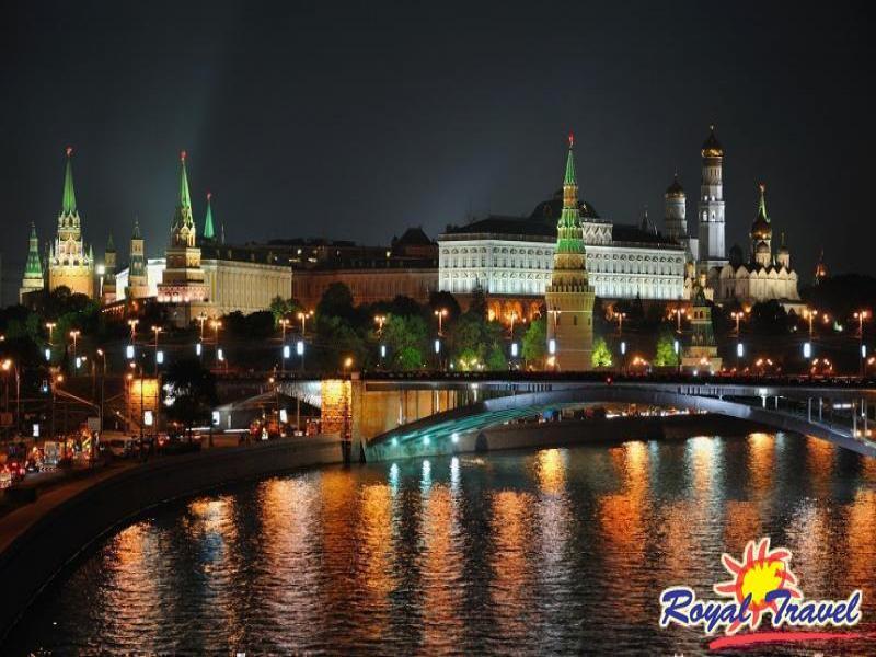 Екскурзия Москва и Санкт Петербург