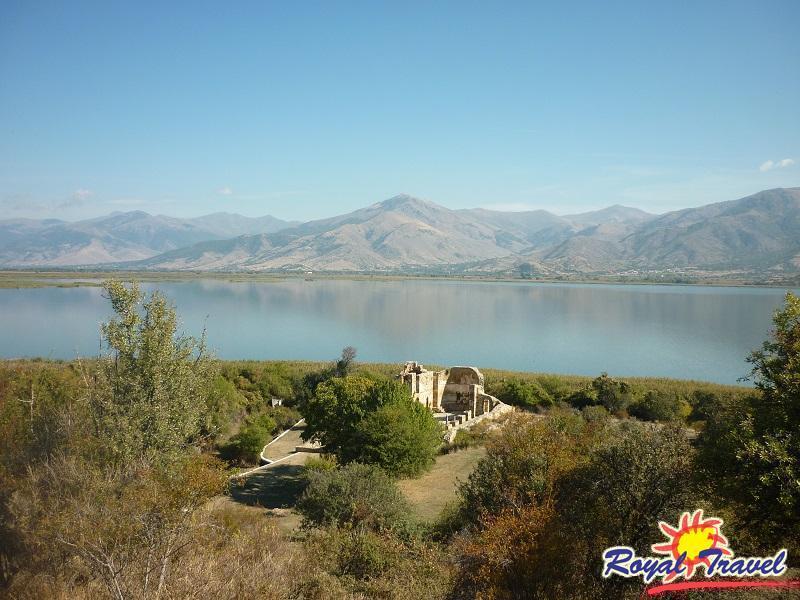 Екскурзия до Пела, Едеса, Кастория и о-в Ахил