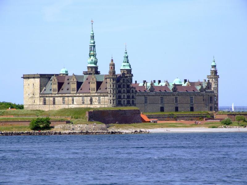 """Разглеждане на замъка """"Кронборг"""""""