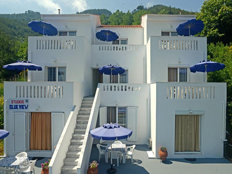 Хотел Blue View studios 2*
