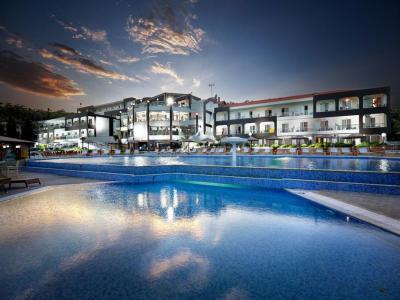 Хотел Blue Dream Palace 4*
