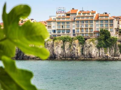 Хотел Корал 3*