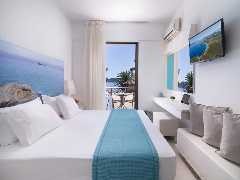 Sunrise Hotel - Ammouliani 3*