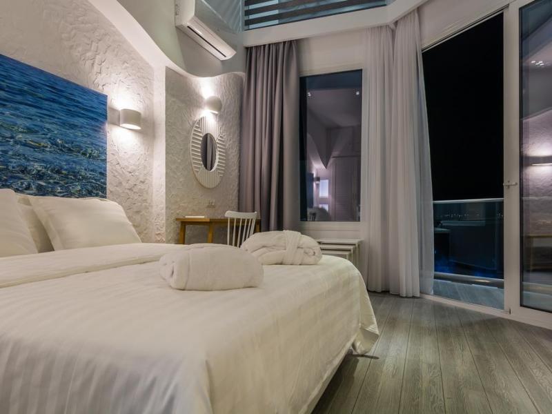 Хотел Akti Ouranoupoli 4*