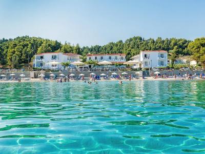 Хотел Xenios Dolphin Beach Hotel 3*