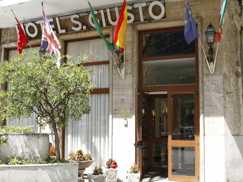 Hotel San Giusto или подобен